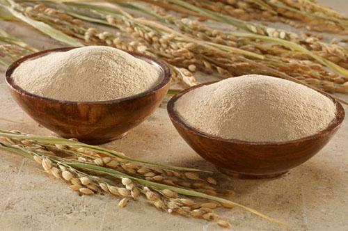 Trắng da hơn nhờ nước vo gạo