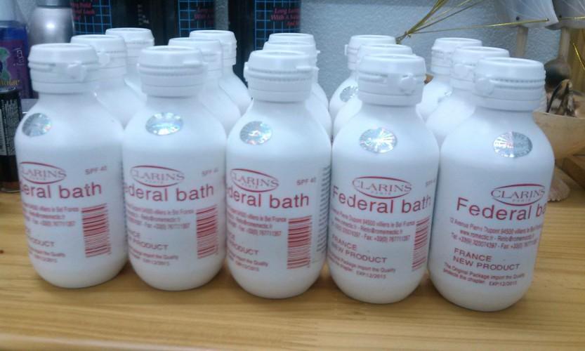 Sữa non kích trắng Clarins