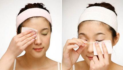 Cách sử dụng tẩy trang mắt môi trà xanh