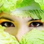 Trị mụn, sáng da, mờ vết thâm từ bắp cải