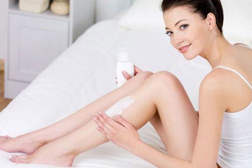 Cách sử dụng kem dưỡng trắng da toàn thân Eveline